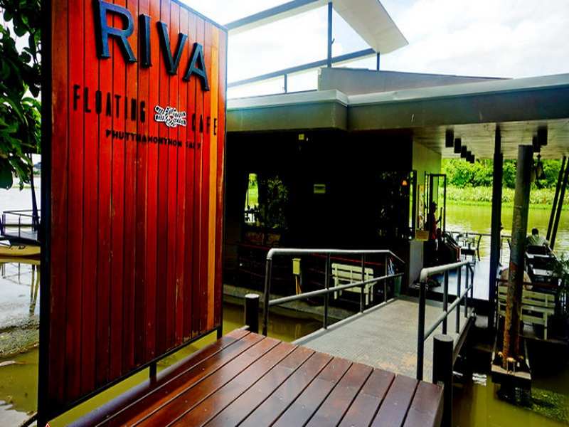 11. Riva floating cafe 2