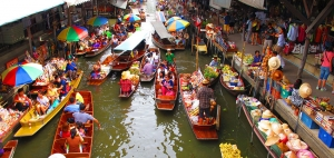 Damnoen Saduak Floating Market, 2 hr from Bangkok